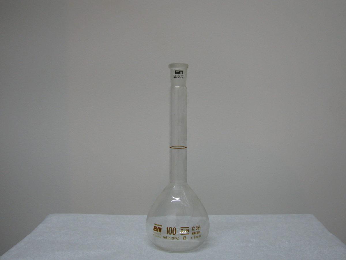 Maatkolfje met NS 100 ml